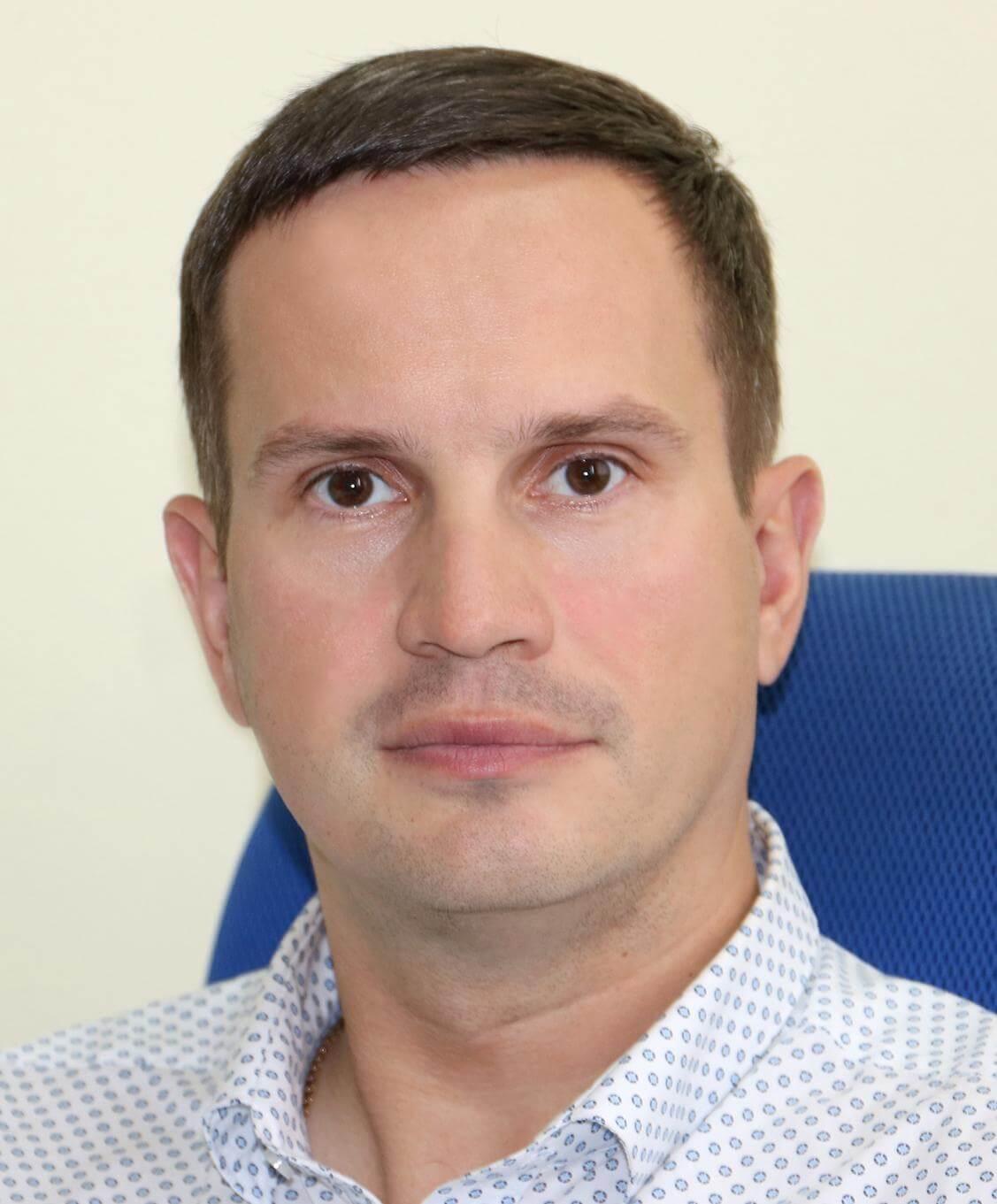 Александр Валиков