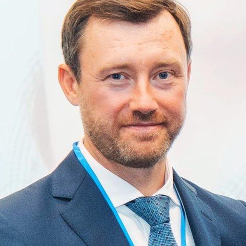 Василий Чугунов